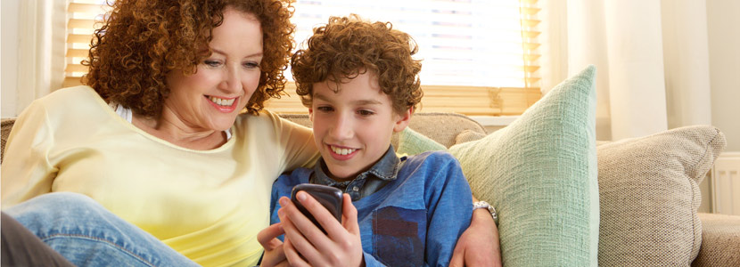 How To Choose Phone Service For Your Kid This Christmas